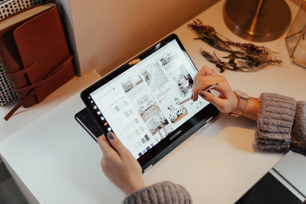 Pros and Cons of 2-in-1 Laptops